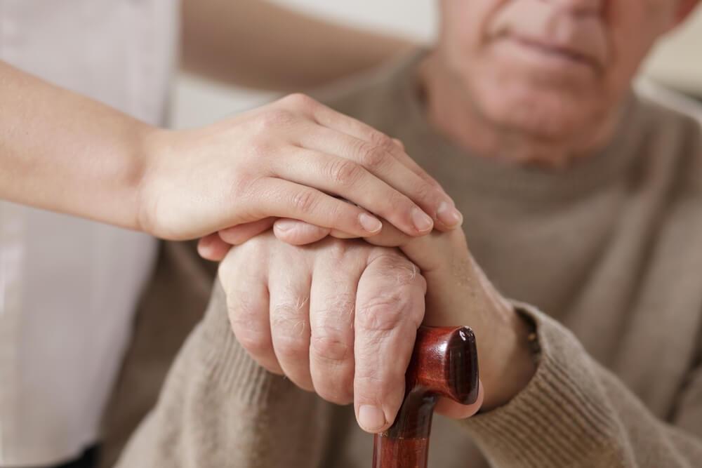 Parkinsonova bolest - Simptomi, uzroci nastanka i lečenje
